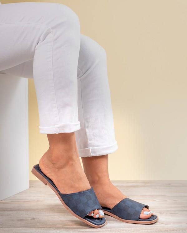Slides, Not LV, Neutral Slides and easy wear for women